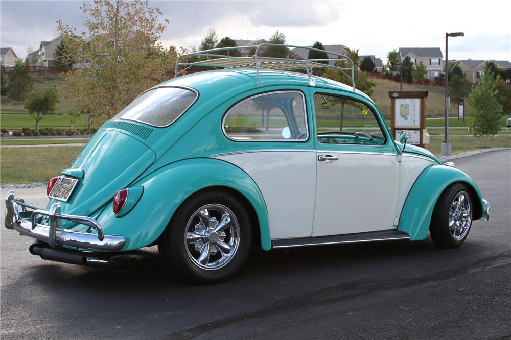 1965 VOLKSWAGEN BEETLE CUSTOM 2 DOOR HARDTOP - 113674