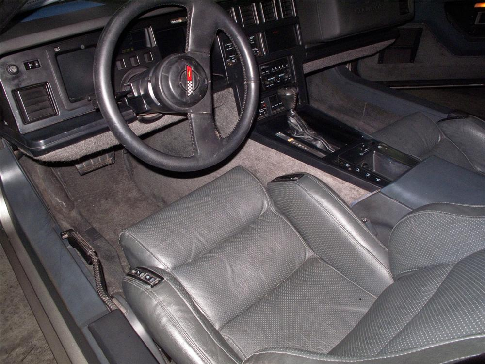 1986 CHEVROLET CORVETTE COUPE - Interior - 115173