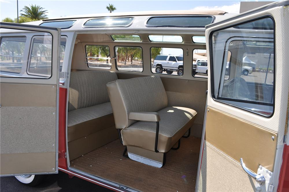 1965 VOLKSWAGEN 21 WINDOW BUS - Interior - 115178