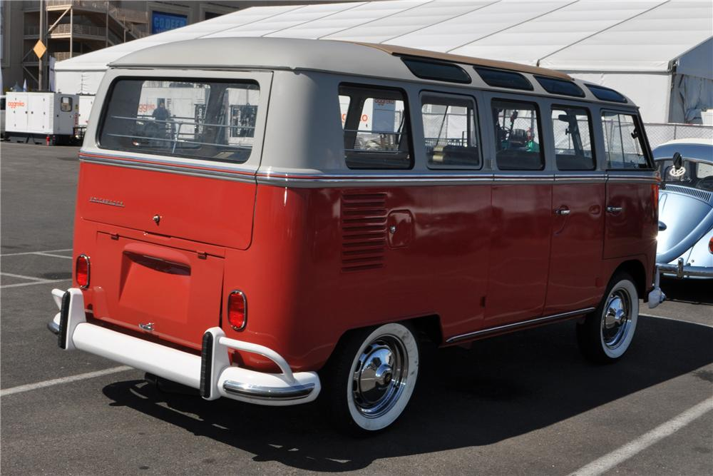 1965 VOLKSWAGEN 21 WINDOW BUS - Rear 3/4 - 115178