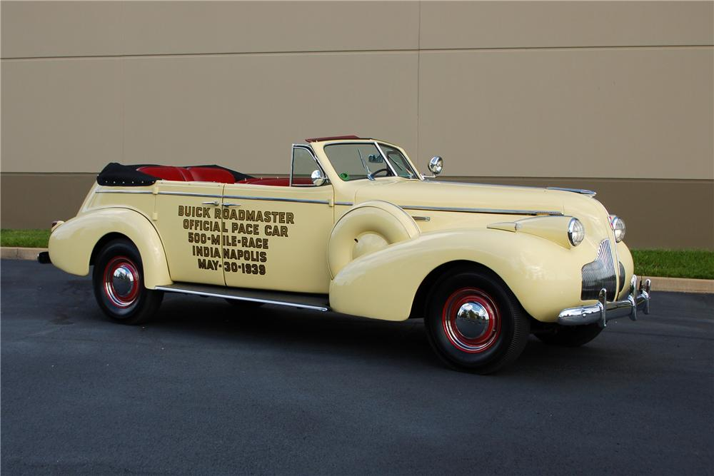 1939 BUICK ROADMASTER CONVERTIBLE SEDAN - Side Profile - 115904