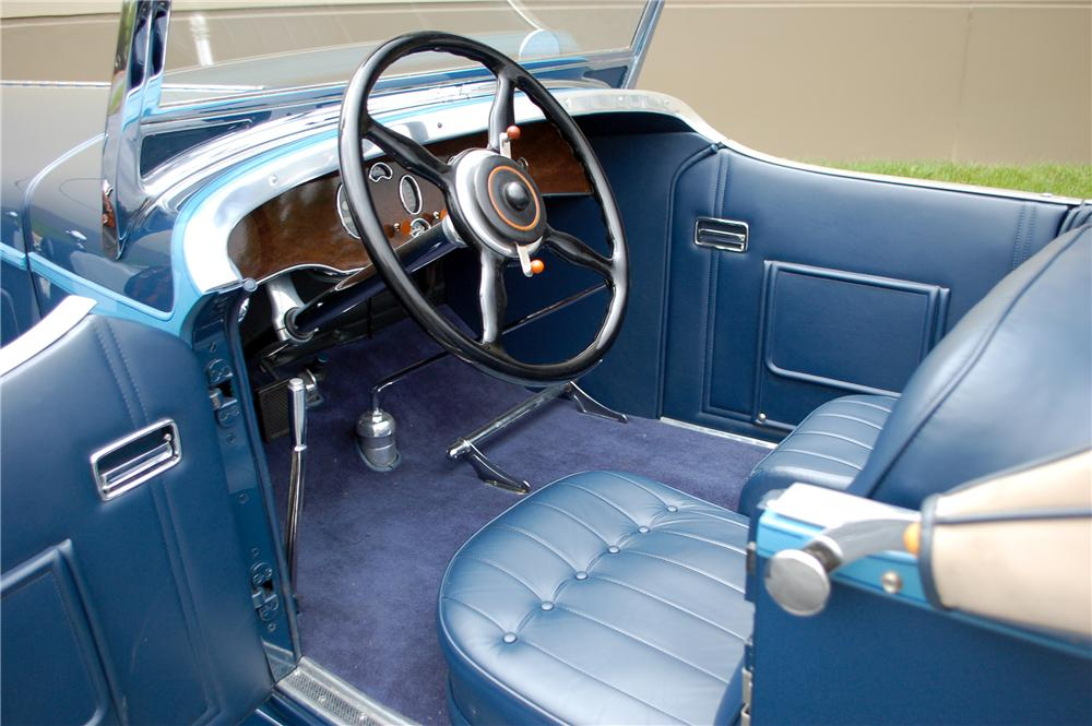 1930 PACKARD CUSTOM SPEEDSTER - Interior - 115906