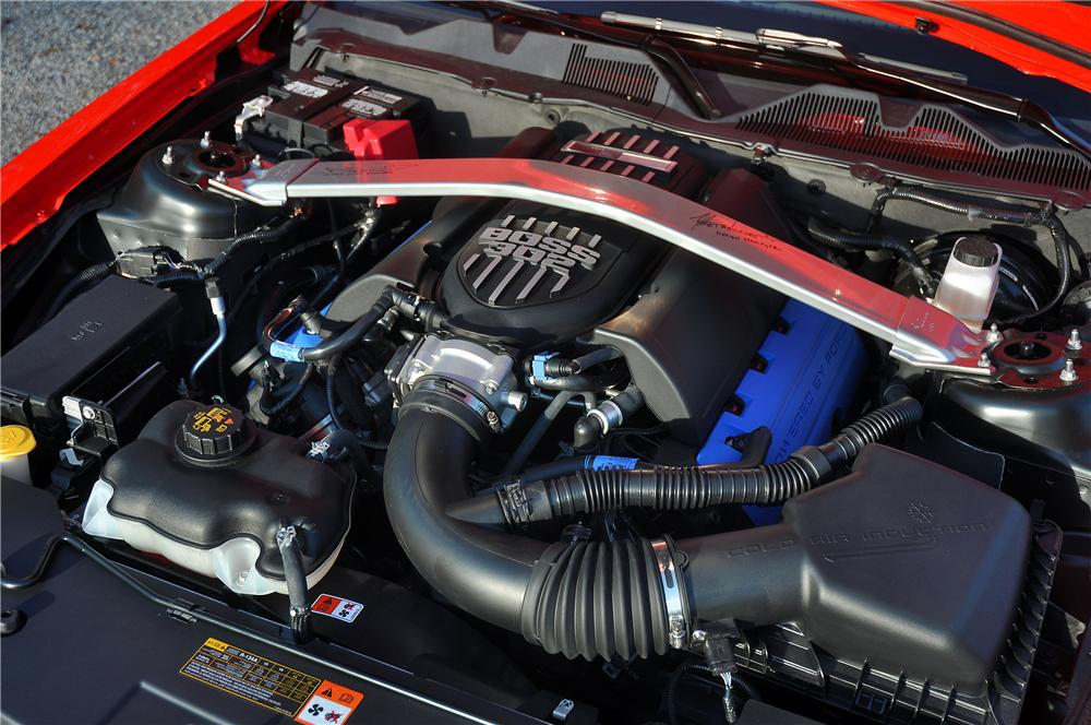 2012 FORD MUSTANG BOSS 302 COUPE - Engine - 115922