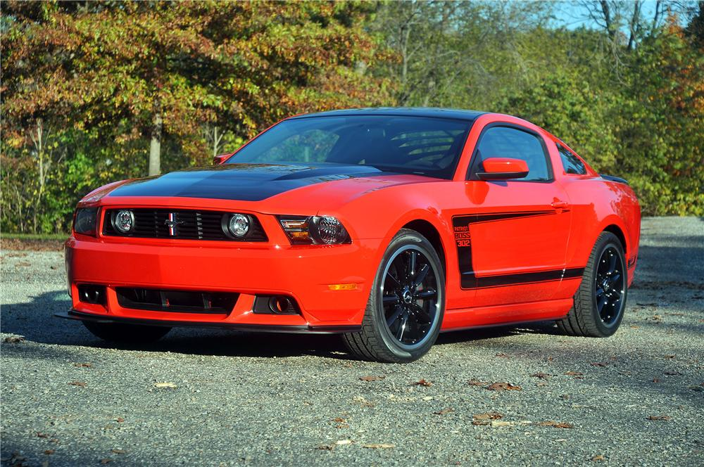 2012 FORD MUSTANG BOSS 302 COUPE - Front 3/4 - 115922