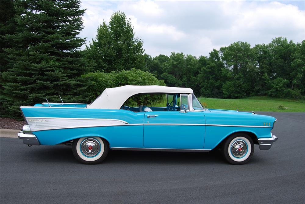 1957 CHEVROLET BEL AIR CONVERTIBLE - Side Profile - 115923