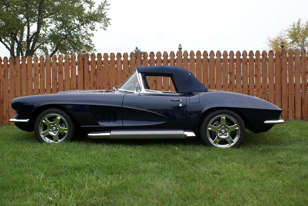 1962 CHEVROLET CORVETTE CUSTOM CONVERTIBLE - Side Profile - 115933