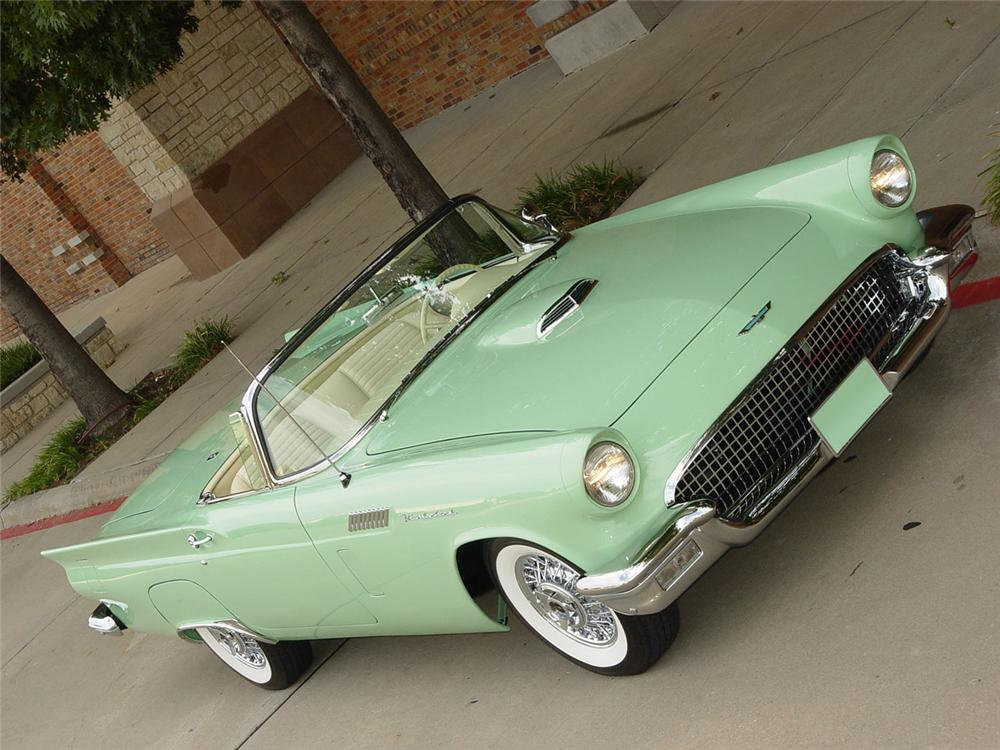1957 FORD THUNDERBIRD CONVERTIBLE - Front 3/4 - 115943