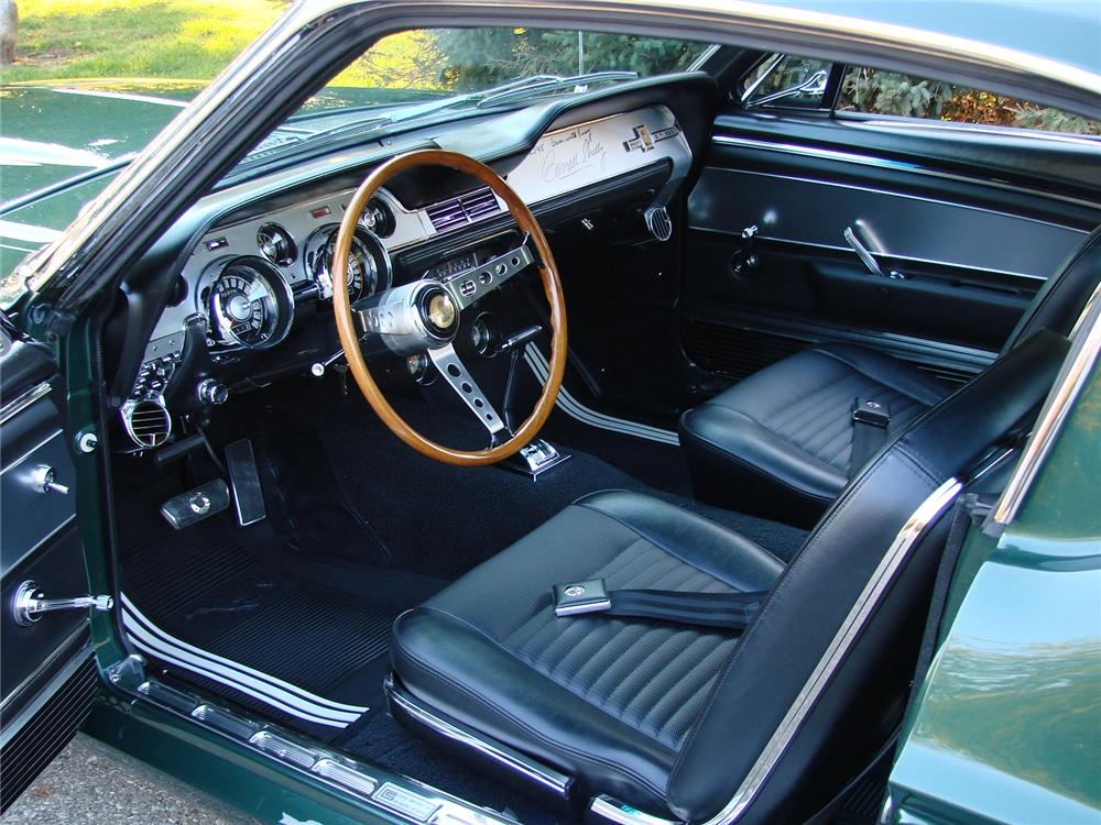 1967 SHELBY GT350 FASTBACK - Interior - 115946