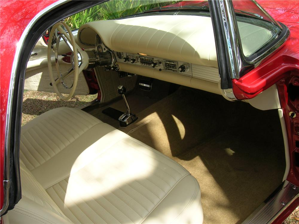 1957 FORD THUNDERBIRD CONVERTIBLE - Interior - 115949