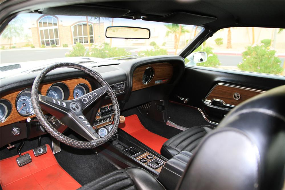 1969 SHELBY GT500 FASTBACK - Interior - 115976