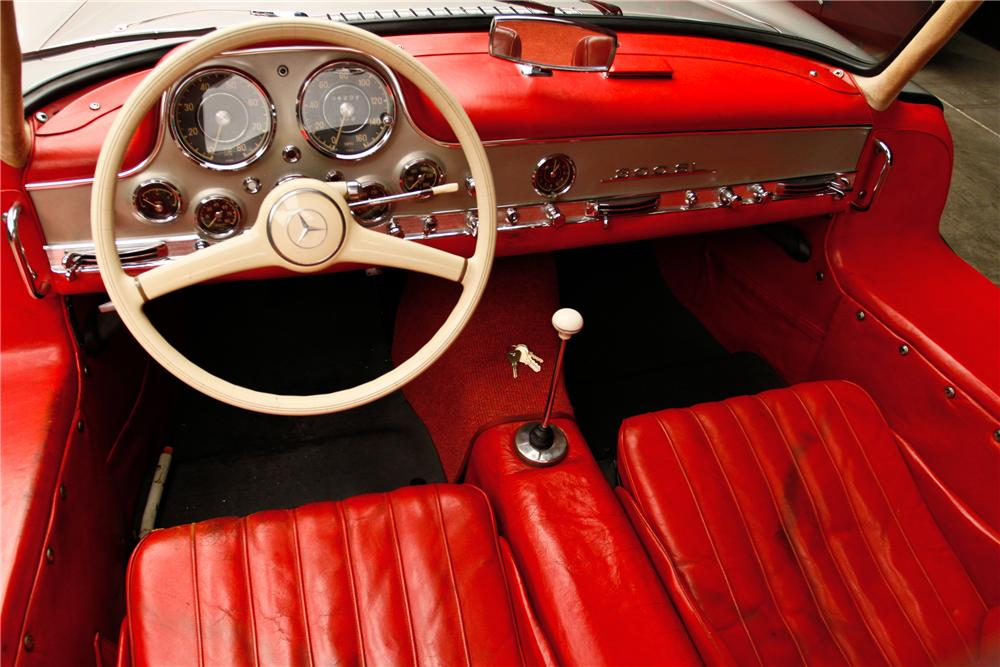 1954 MERCEDES-BENZ 300SL GULLWING - Interior - 115978