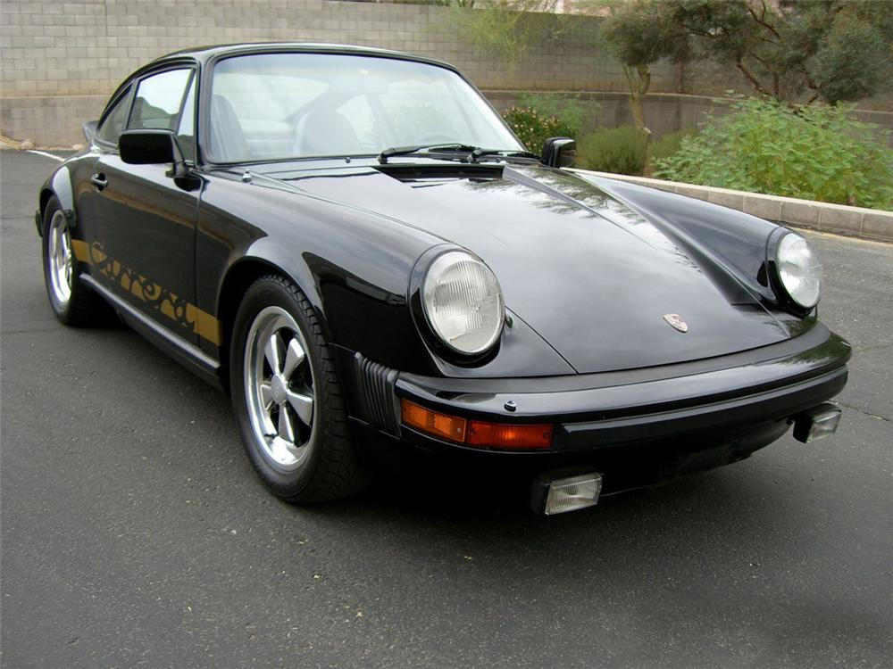 1982 PORSCHE 911 SC CUSTOM 2 DOOR COUPE - Front 3/4 - 115986