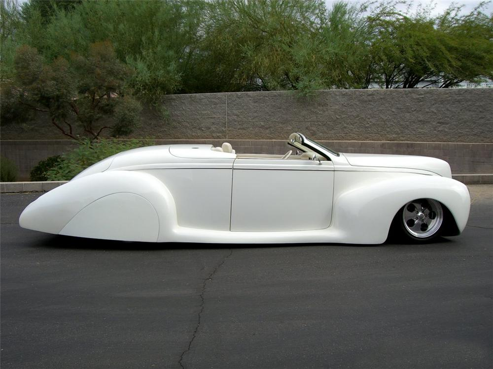 1939 LINCOLN ZEPHYR CONVERTIBLE - Side Profile - 115996