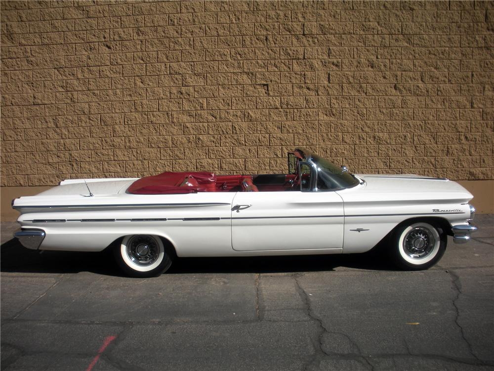 1960 PONTIAC BONNEVILLE CONVERTIBLE - Side Profile - 116004