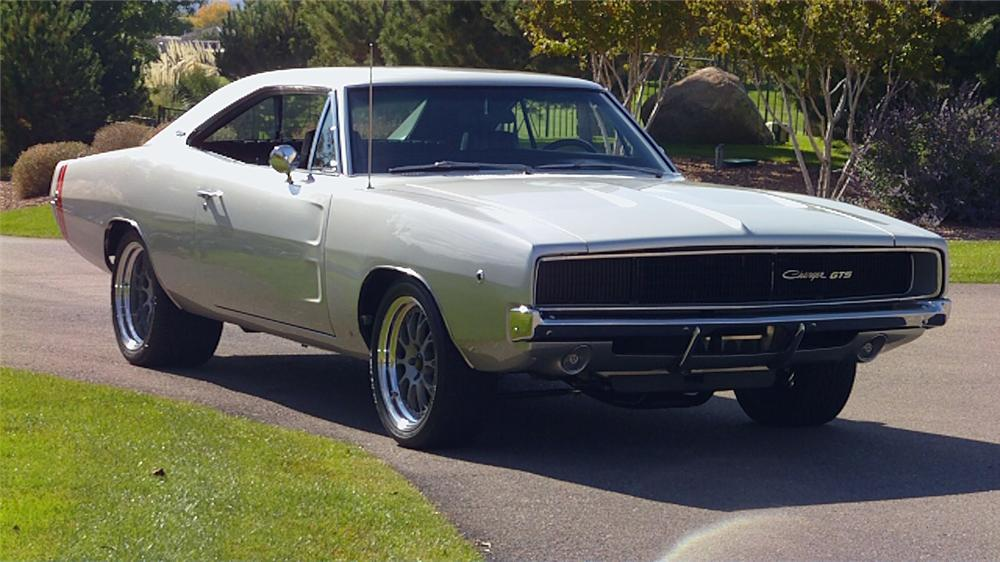 1968 DODGE CHARGER CUSTOM 2 DOOR HARDTOP - Front 3/4 - 116009
