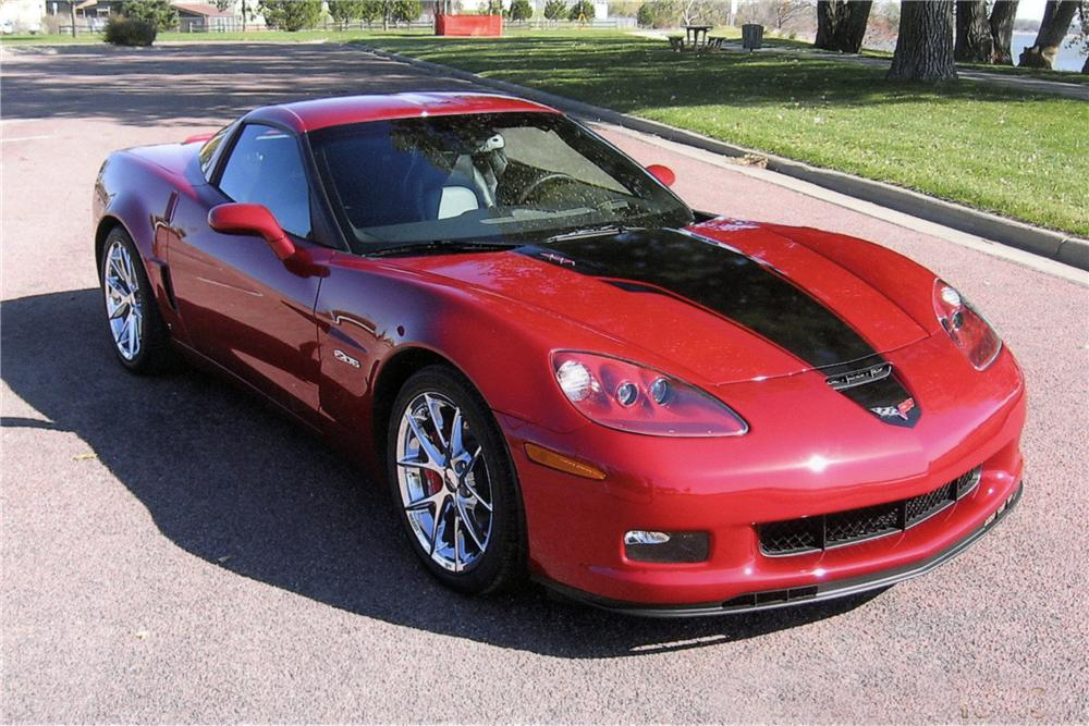 2008 CHEVROLET CORVETTE COUPE - Front 3/4 - 116027