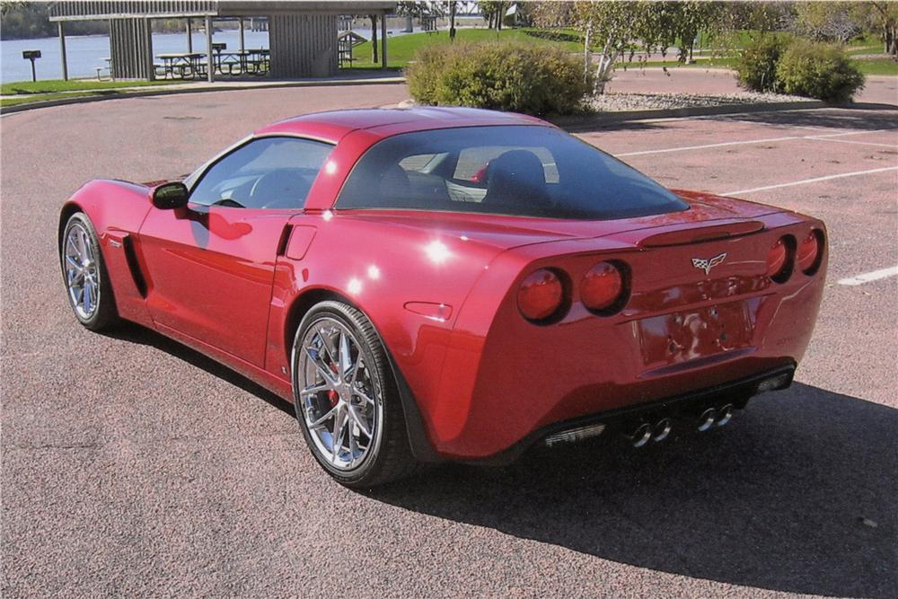 2008 CHEVROLET CORVETTE COUPE - Rear 3/4 - 116027