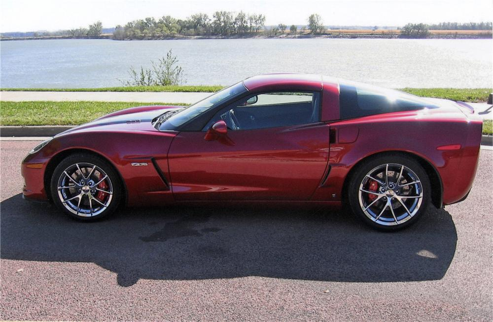 2008 CHEVROLET CORVETTE COUPE - Side Profile - 116027