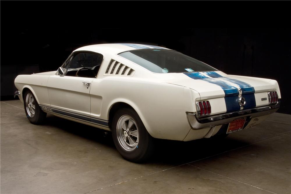 1965 SHELBY GT350 FASTBACK - Rear 3/4 - 116028