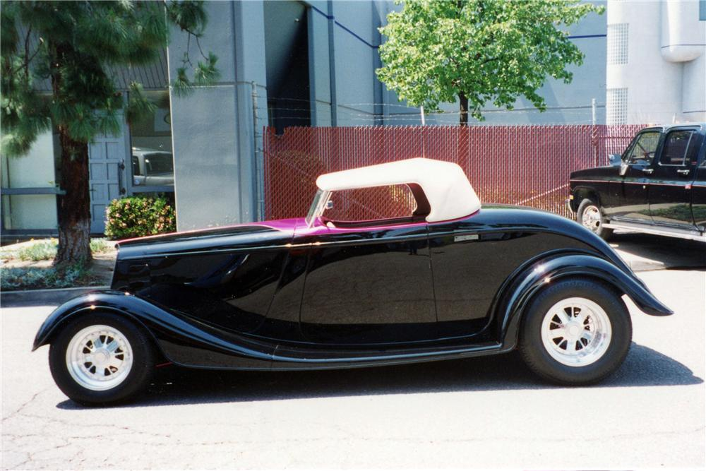 1934 FORD CUSTOM ROADSTER - Side Profile - 116029