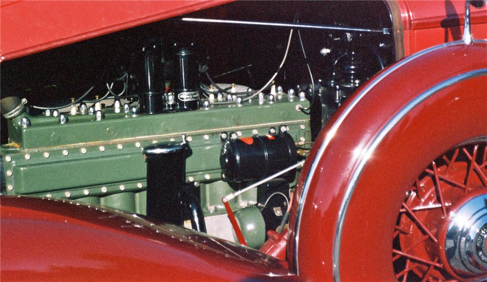 1933 PACKARD 1001 COUPE ROADSTER - Engine - 116046