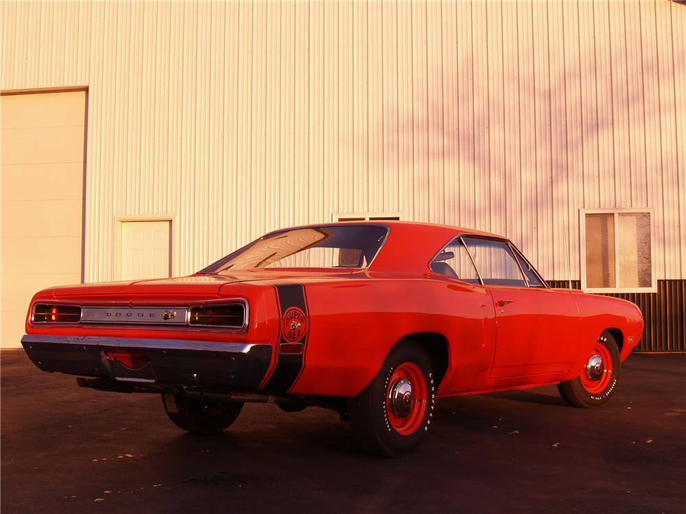 1970 DODGE SUPER BEE 2 DOOR HARDTOP - Rear 3/4 - 116055