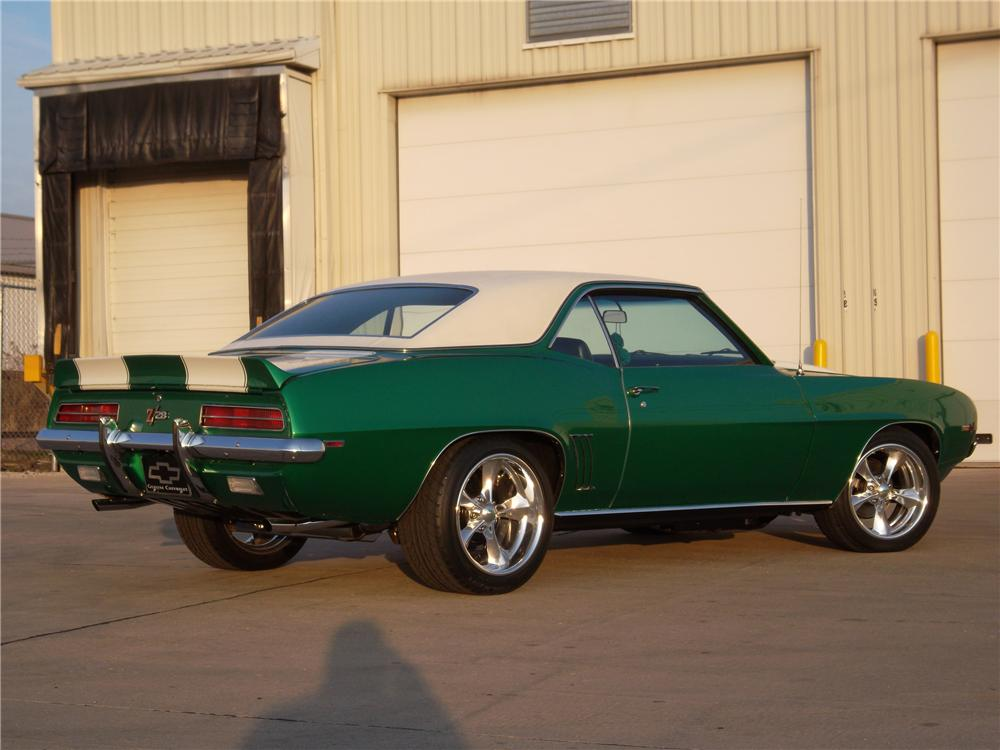 1969 CHEVROLET CAMARO CUSTOM COUPE - Rear 3/4 - 116060