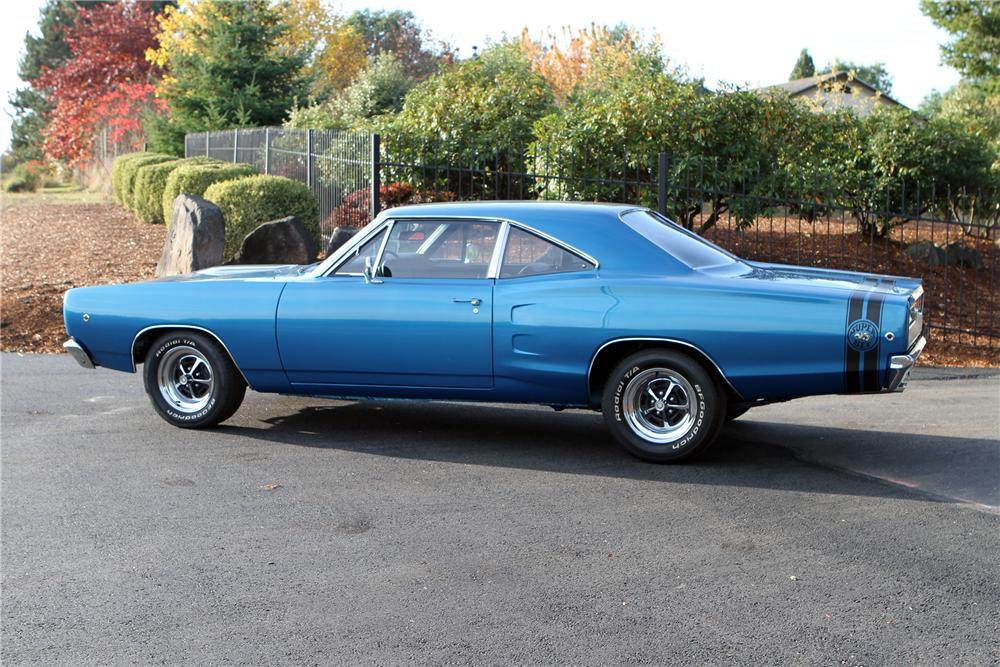 1968 DODGE SUPER BEE 2 DOOR SEDAN - Side Profile - 116066