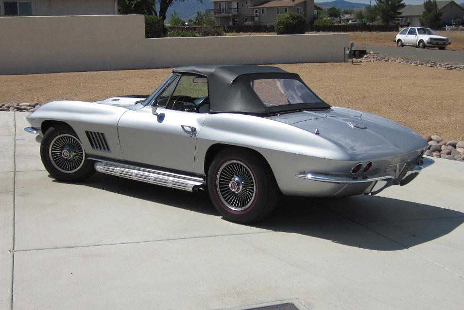 1967 CHEVROLET CORVETTE CONVERTIBLE - Rear 3/4 - 116069