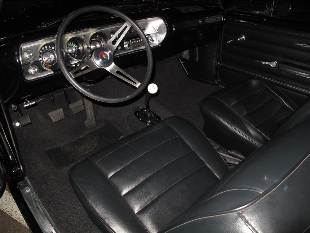1965 CHEVROLET CHEVELLE CUSTOM 2 DOOR COUPE - Interior - 116082