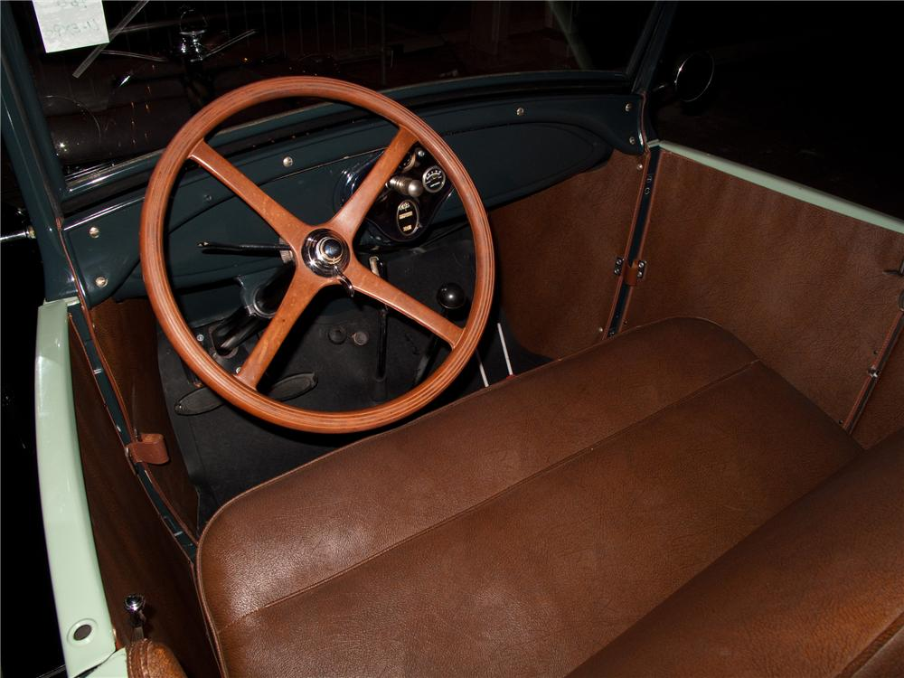 1928 FORD MODEL A ROADSTER - Interior - 116093