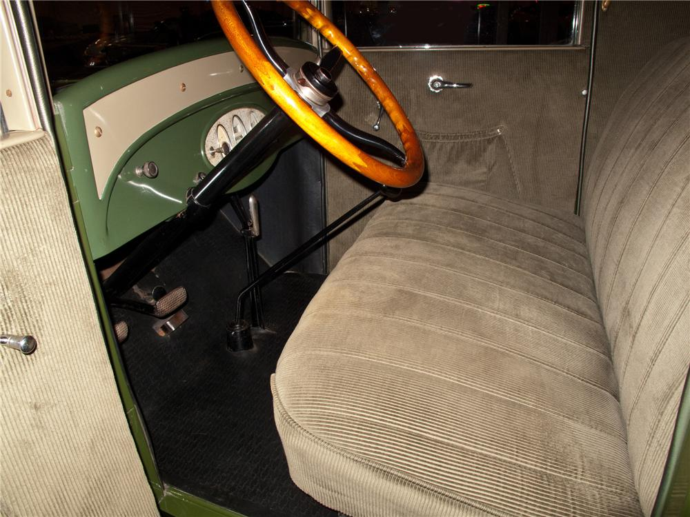 1928 CHEVROLET 2 DOOR COUPE - Interior - 116094