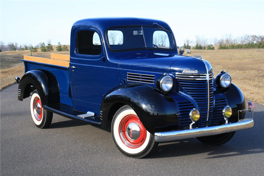 1940 PLYMOUTH PT 105 PICKUP - Front 3/4 - 116115