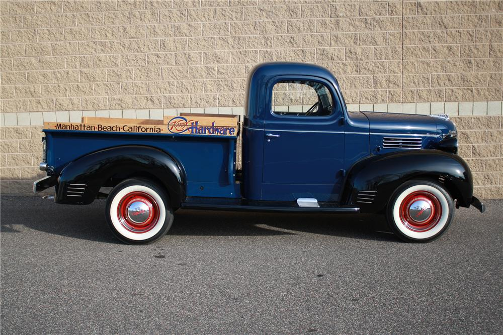 1940 PLYMOUTH PT 105 PICKUP - Side Profile - 116115