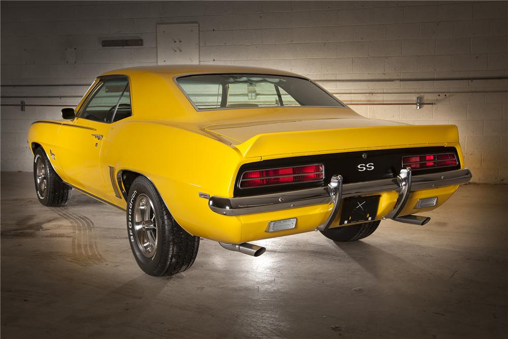 1969 CHEVROLET CAMARO SS COUPE - Rear 3/4 - 116119