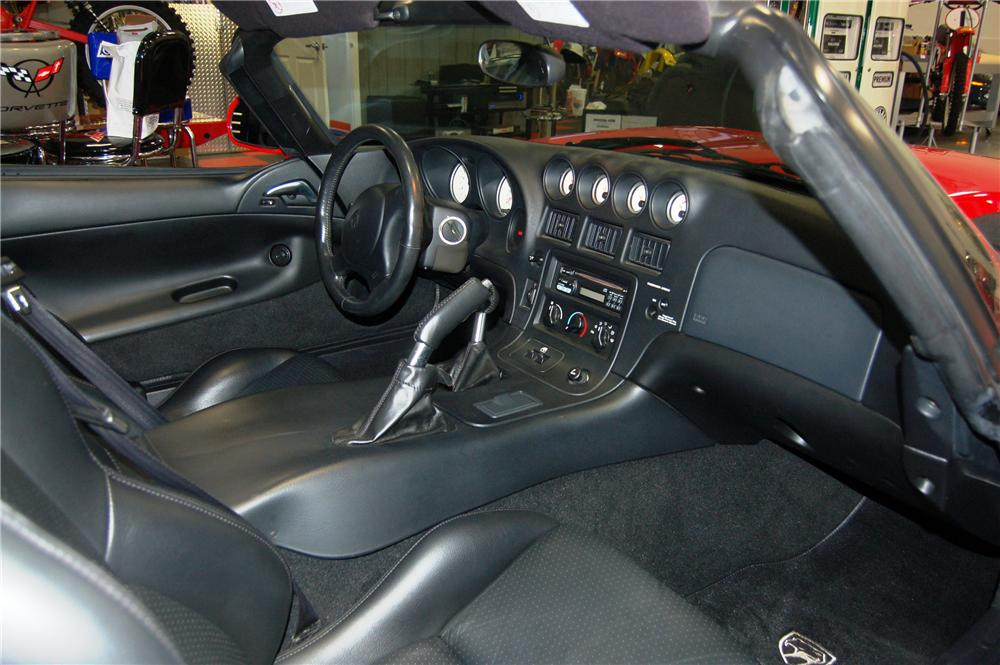 2001 DODGE VIPER RT/10 2 DOOR HARDTOP - Interior - 116123