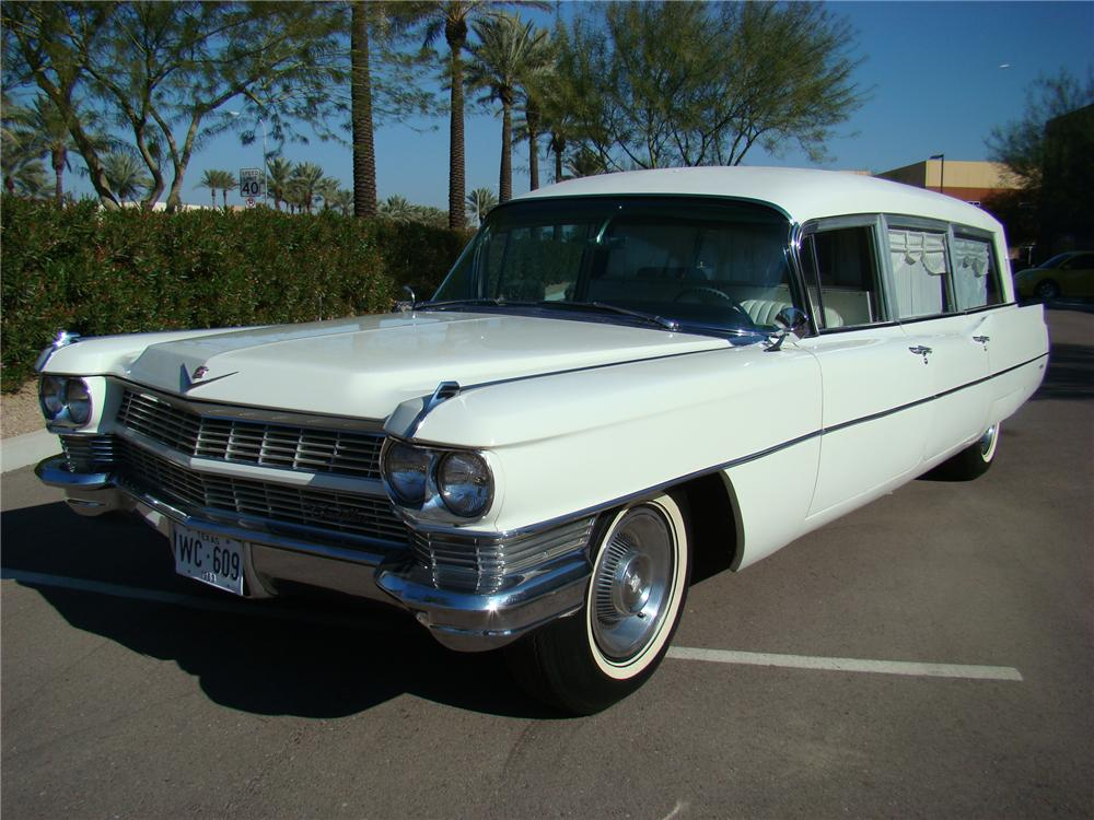 1964 CADILLAC HEARSE - Front 3/4 - 116129