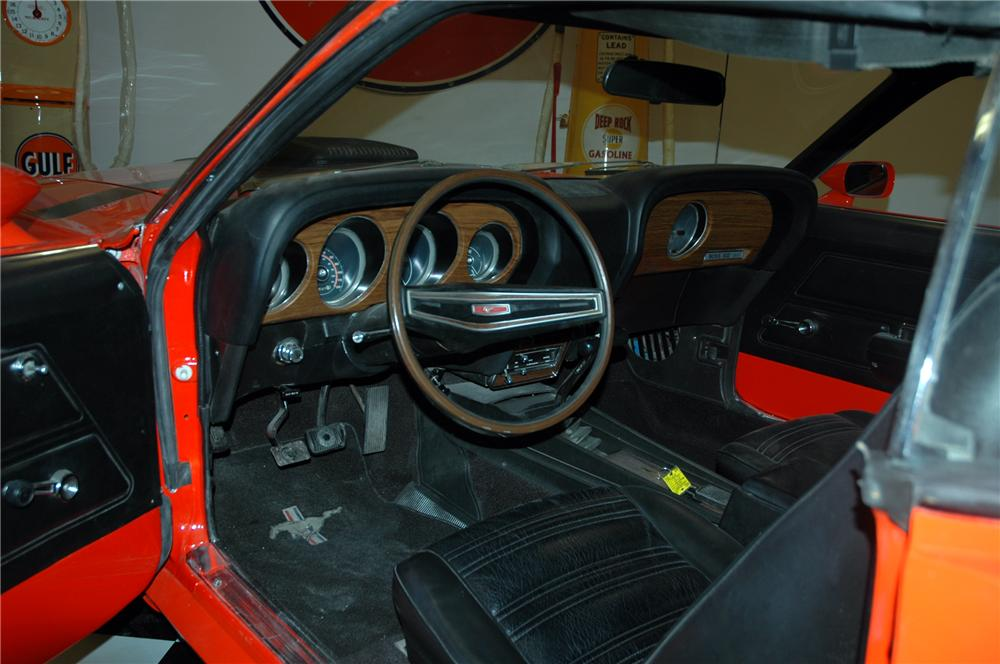 1970 FORD MUSTANG BOSS 302 FASTBACK - Interior - 116138