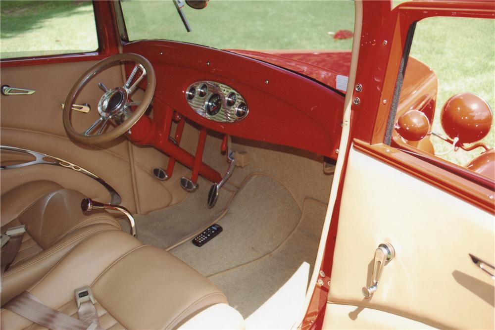 1932 FORD B-400 CUSTOM CONVERTIBLE - Interior - 116142