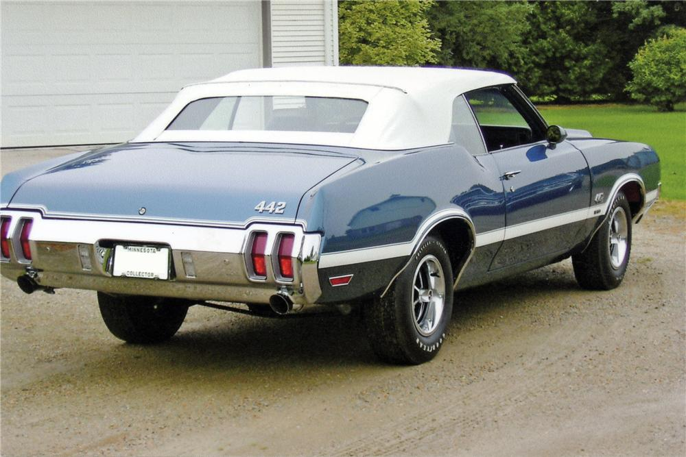 1970 OLDSMOBILE 442 W30 CONVERTIBLE - Rear 3/4 - 116154