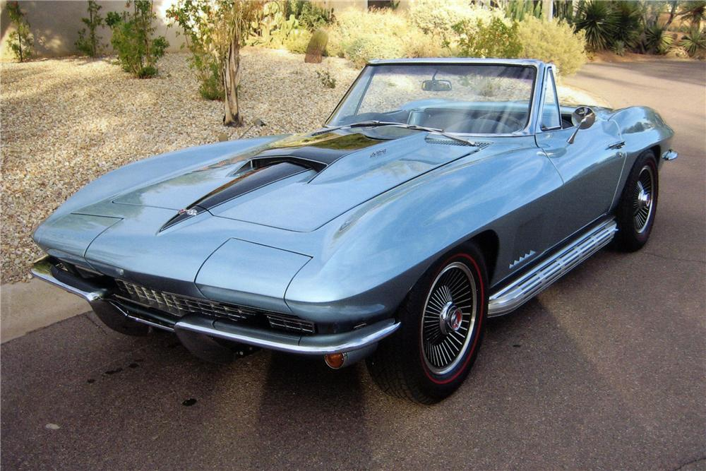 1967 CHEVROLET CORVETTE CONVERTIBLE - Front 3/4 - 116164