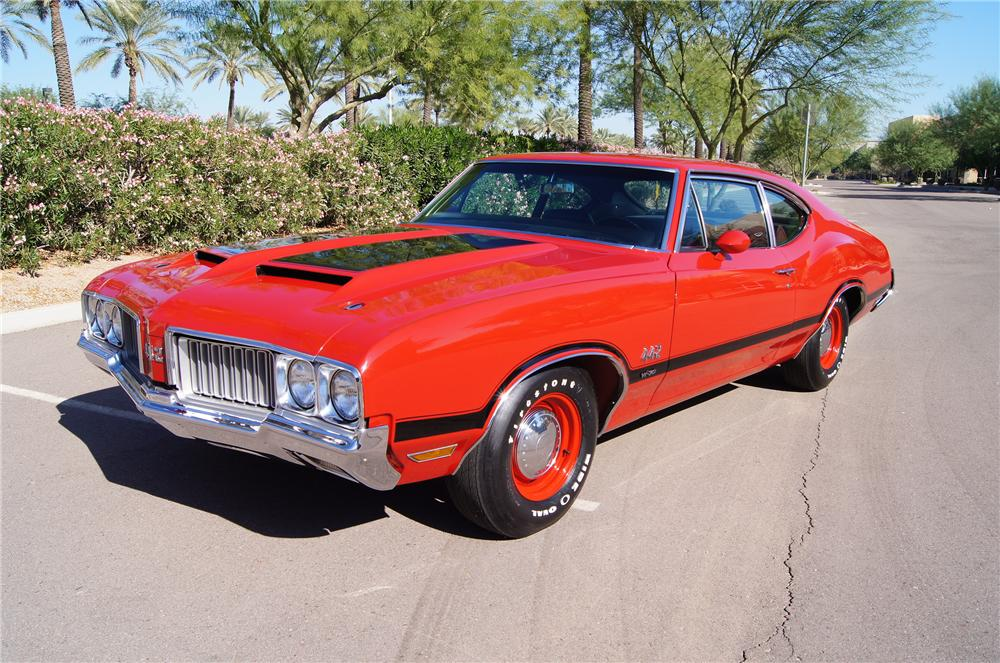 1970 OLDSMOBILE 442 W30 POST COUPE - Front 3/4 - 116181