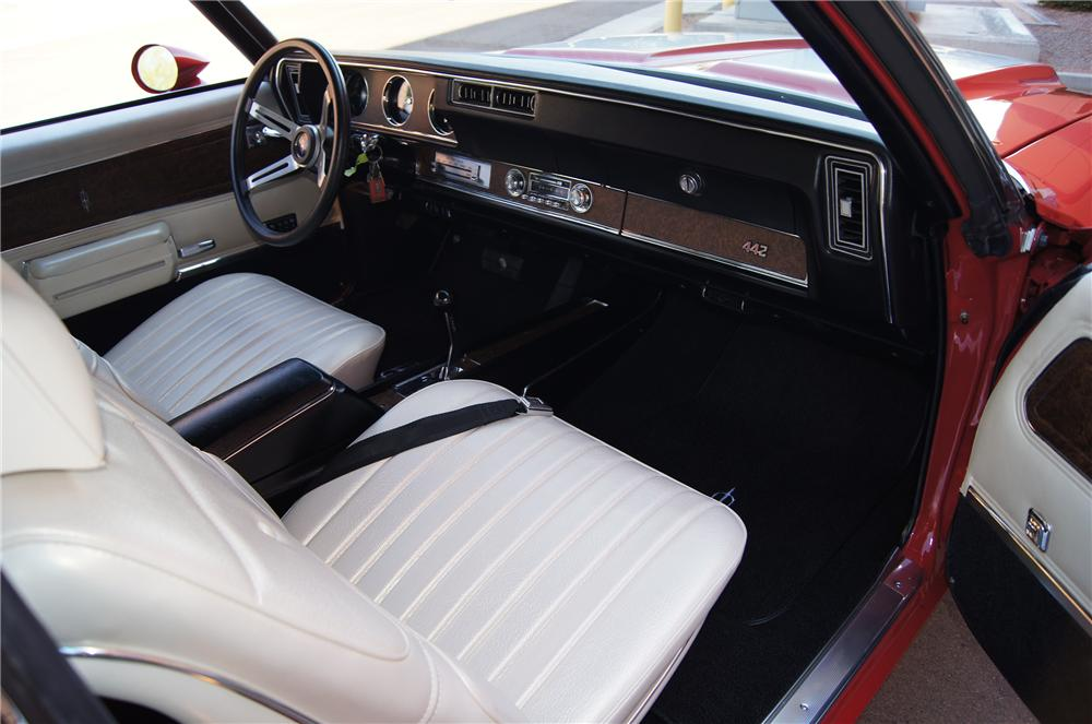 1970 OLDSMOBILE 442 W30 CONVERTIBLE - Interior - 116182