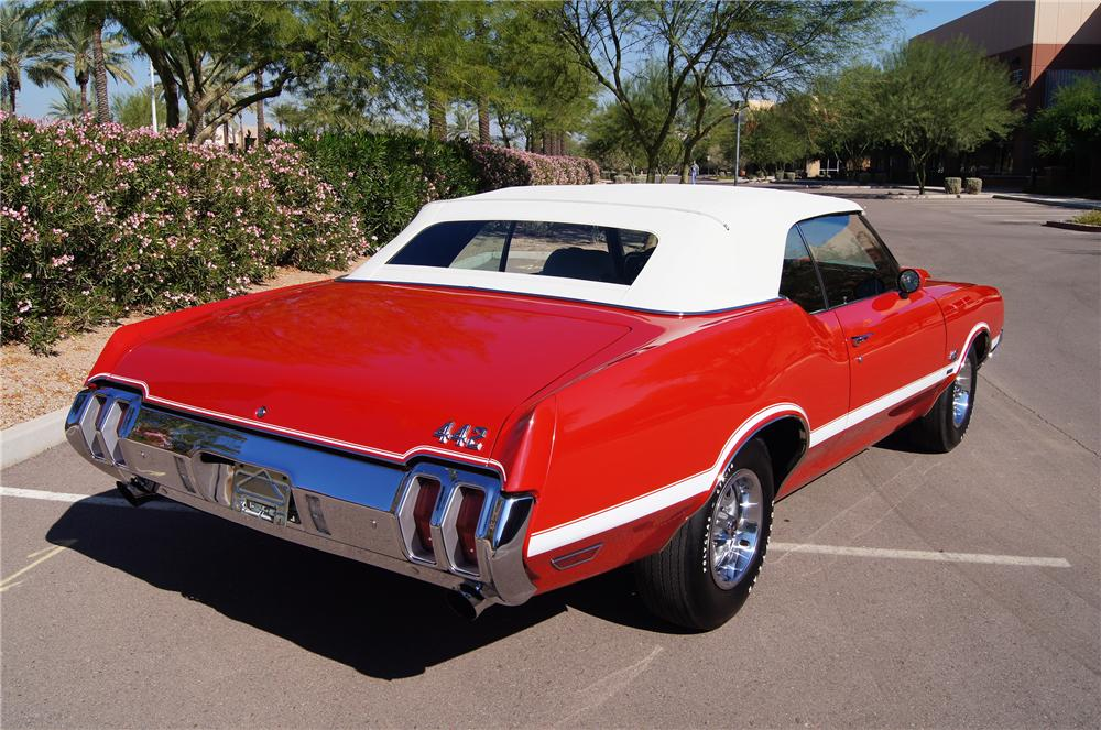 1970 OLDSMOBILE 442 W30 CONVERTIBLE - Rear 3/4 - 116182