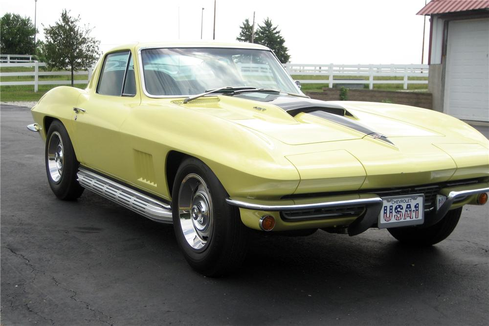 1967 CHEVROLET CORVETTE COUPE - Side Profile - 116185