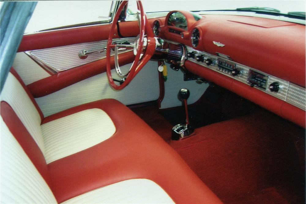 1956 FORD THUNDERBIRD CONVERTIBLE - Interior - 116187