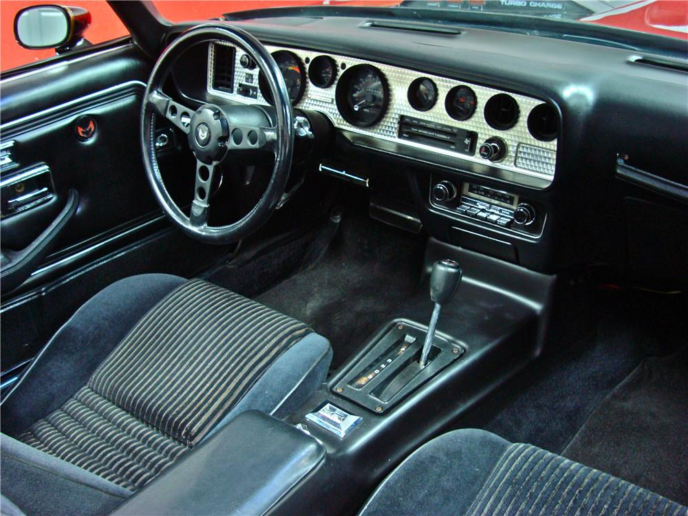 1981 PONTIAC FIREBIRD TRANS AM COUPE - Interior - 116188