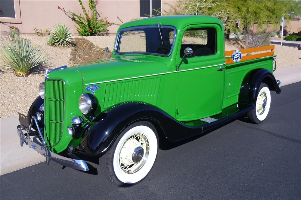 1936 FORD PICKUP - Front 3/4 - 116216