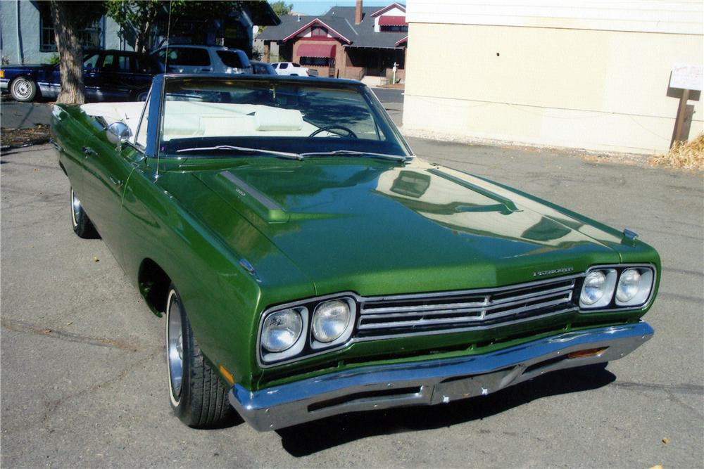 1969 PLYMOUTH ROAD RUNNER CONVERTIBLE - Front 3/4 - 116223