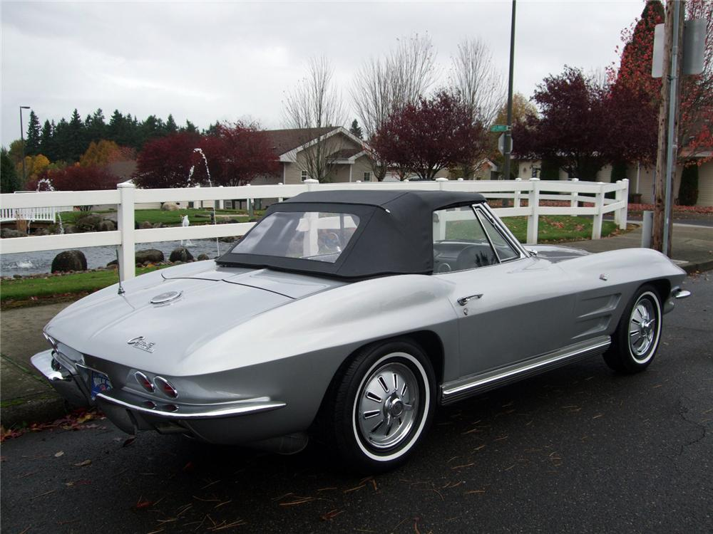 1964 CHEVROLET CORVETTE CONVERTIBLE - Rear 3/4 - 116230